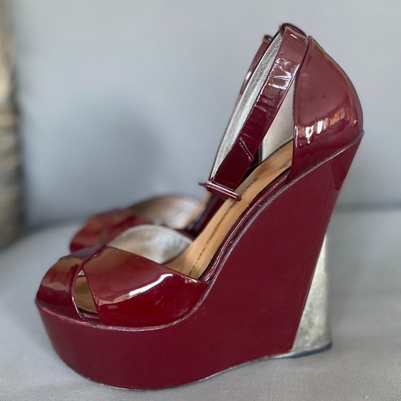 Giuseppe Zanotti Shoes - Giuseppe Zanotti Patent Leather Strappy Wedge 37